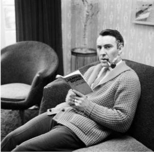 Celebrities reading spy books